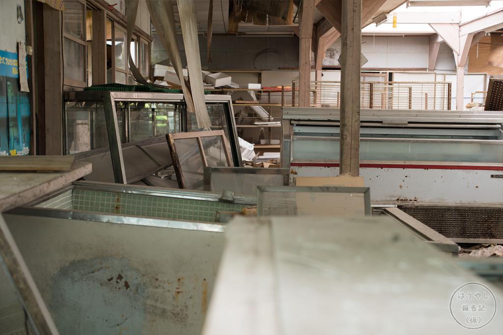 小倉沢集落にあった唯一の商店の廃墟