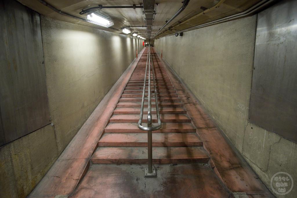 川崎港海底トンネル(人道トンネル)09