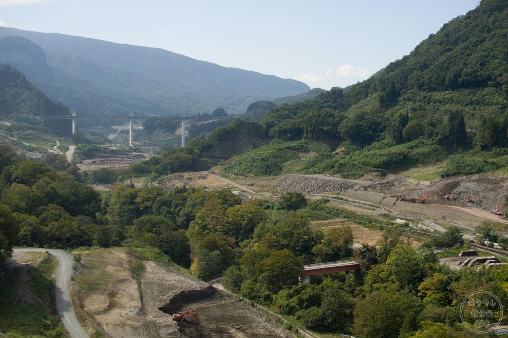八ッ場大橋から見た八ッ場ダム建設風景