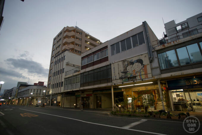 静岡県沼津市にあるレトロな「アーケード名店街」