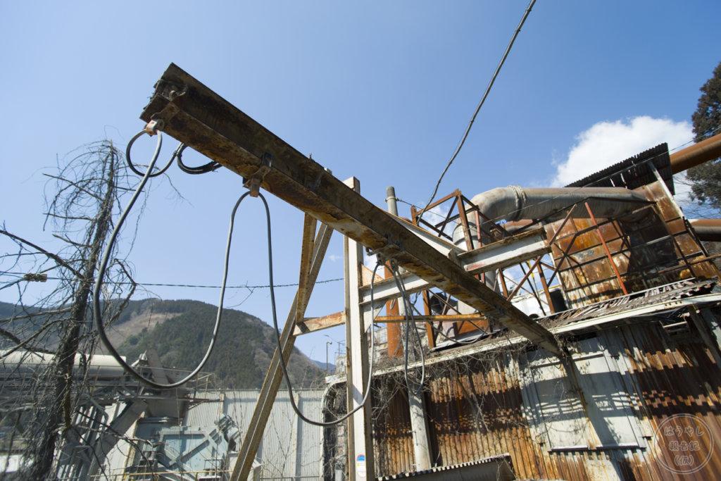 奥多摩工業氷川工場の作業用機械