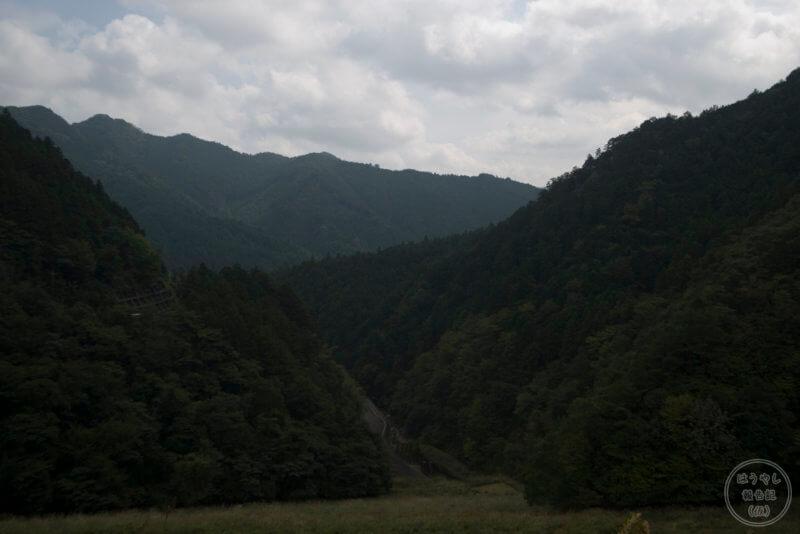 有間ダムの風景