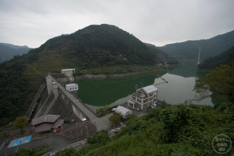 俯瞰で見た合角ダム
