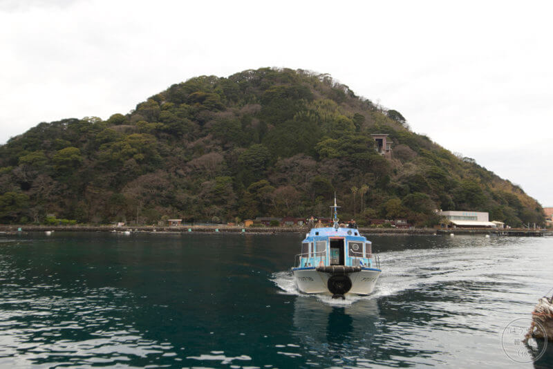 淡島とフェリー