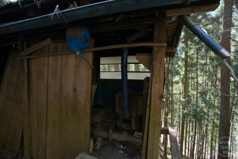 廃屋の薪風呂