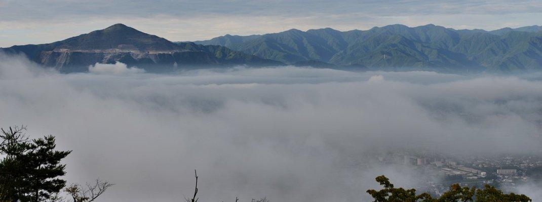 夜景も絶景「秩父の雲海」を美の山公園で鑑賞!発生条件は雨上がりで高湿度な早朝