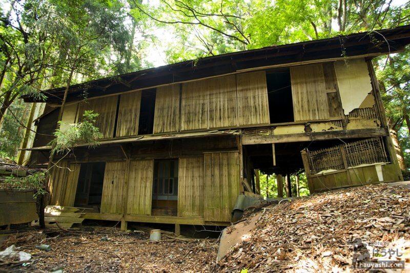 若御子集落にある唯一の住宅廃墟