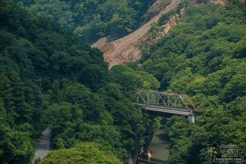 第二吾妻川橋梁と八ッ場ダム堤体建設予定地