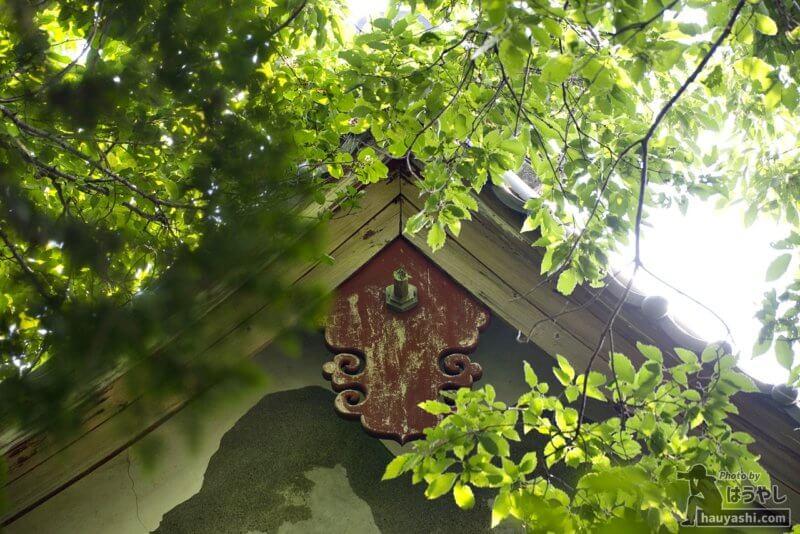 屋根の装飾品