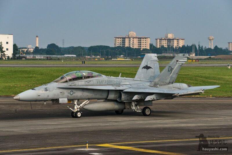 "VMFA(AW)-242 ""Bats(バッツ)"" F/A-18D (DT15/165410)"