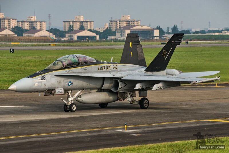 "VMFA(AW)-242 ""Bats(バッツ)"" F/A-18D (DT08/164659)"