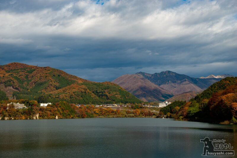 相俣ダム・赤谷湖の紅葉(2020年11月7日)