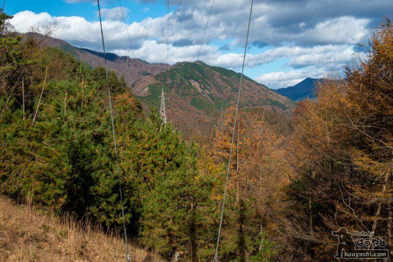 2回目の高圧鉄塔下から中禅寺湖方面を望む