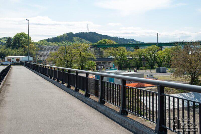 阿岩橋から見たJR八高線の入間川橋梁(おさまけ第1話に登場した橋)