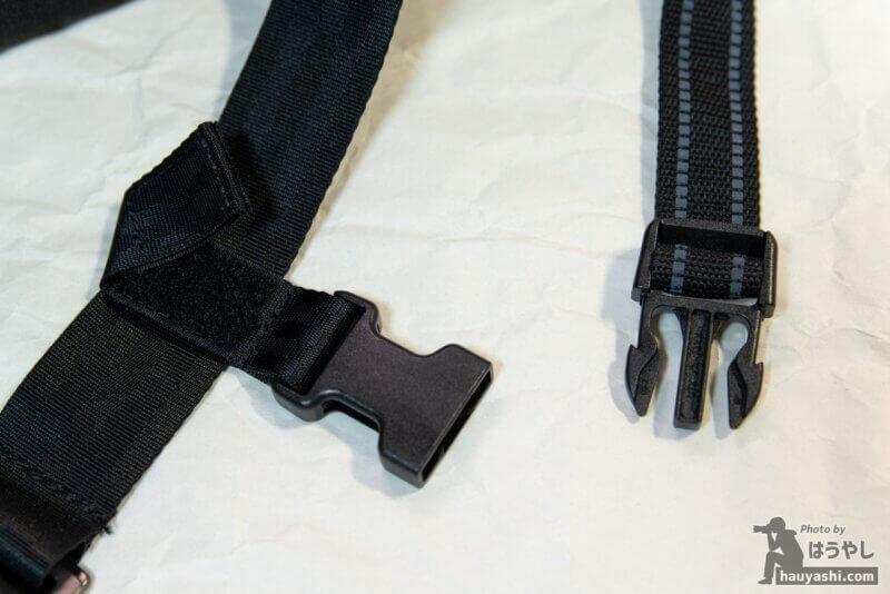標準装備されているサブストラップ(クロスストラップ)